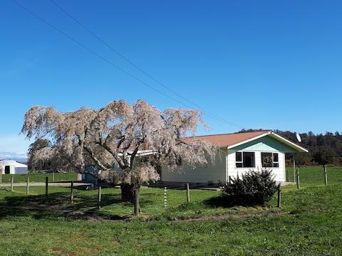 Charlies Farm Cottage