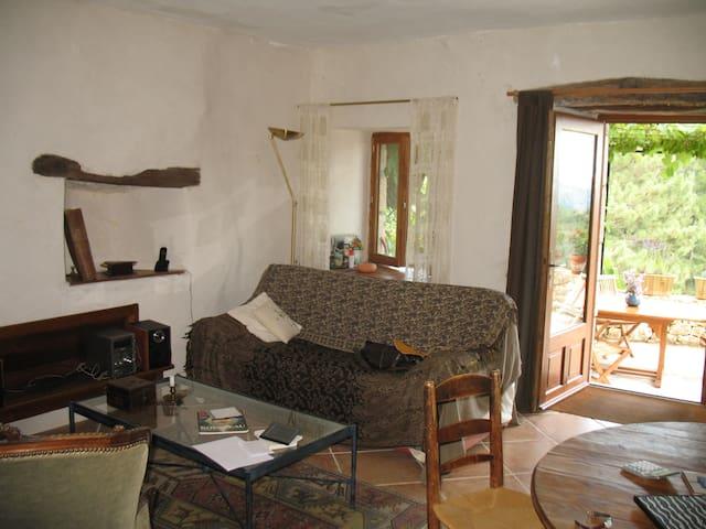 Maison de caractère. Vue imprenable - Beaumont - House