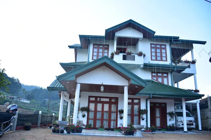 Maduwanthi Guest