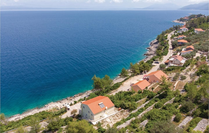 Beautiful home in Prigradica with WiFi and 2 Bedrooms