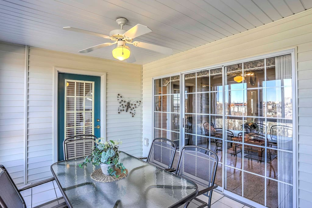 The lovely condo offers a furnished sunroom.