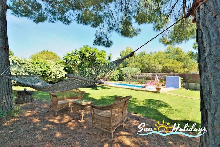 Fantástica villa Aster con bello jardín y piscina