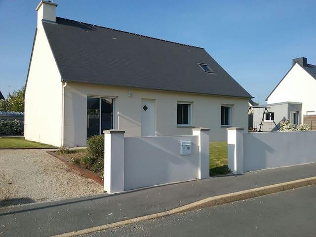 Maison à proximité de la mer - planguenoual  - House
