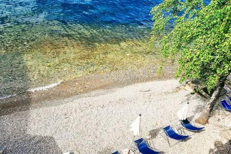 Deluxe AL LAGO Parking Beach Lake Como View