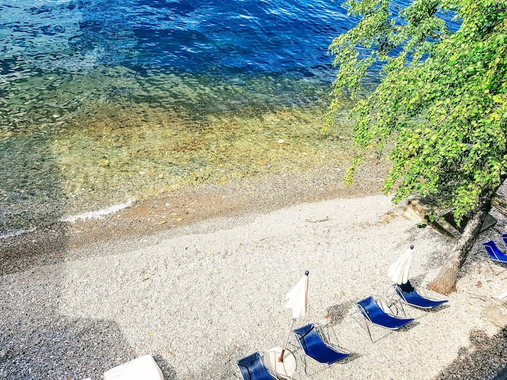 Deluxe AL LAGO Parking Beach Lake Como View