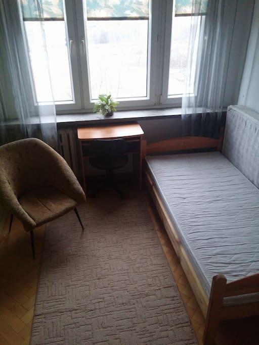 (1) kameralny pokój