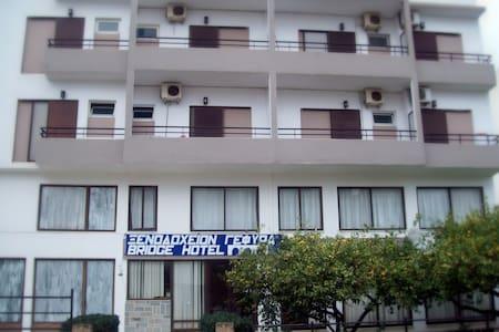 Gefyra Hotel - Agios Nikolaos