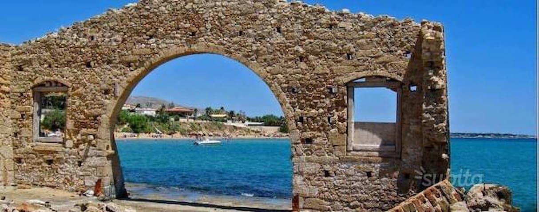 """casa vacanze """"NINFA""""   a 50 metri dal mare. - Avola - Casa de camp"""