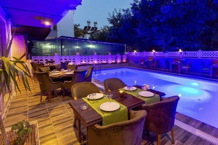 BUTIKS HOTEL ANTALYA
