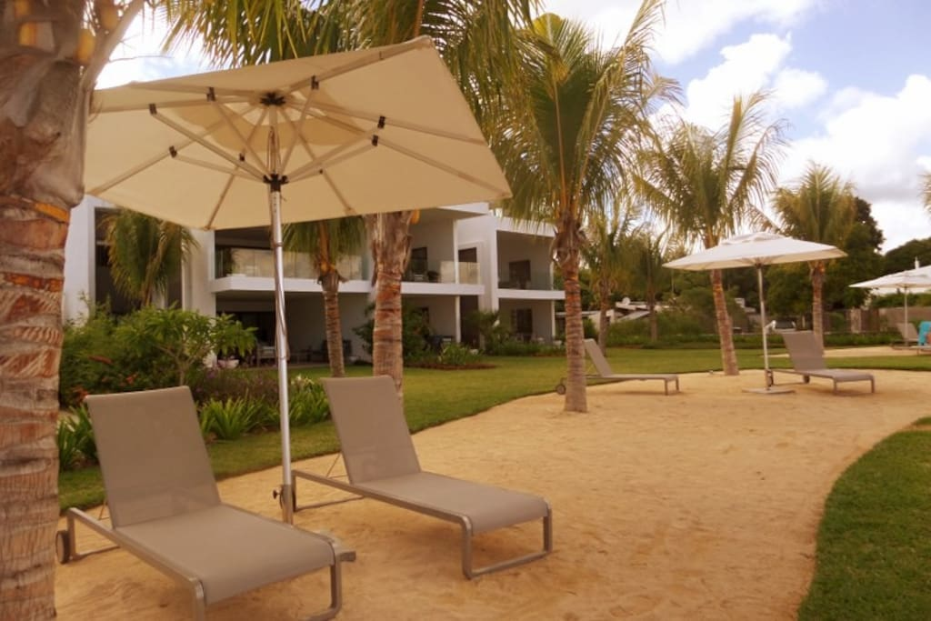 Exterior Loungers