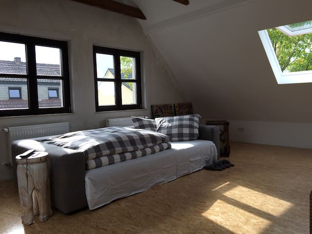 Industrial Loft House - very cosy! - Neu-Isenburg