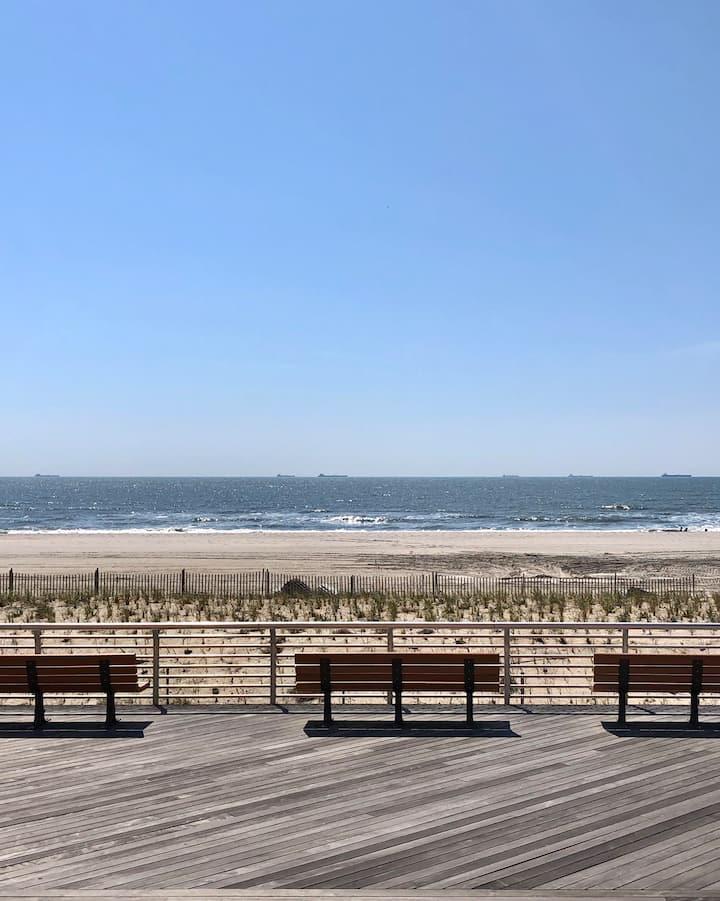 Oceanfront Condo Great Location