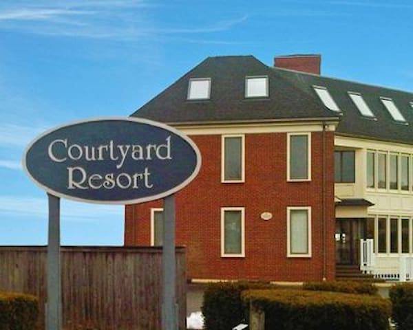 Courtyard Resort studio condo