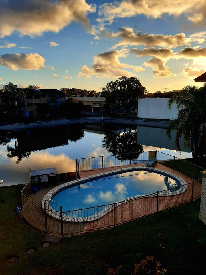 Hacienda Mooloolaba Waterfront Apartment