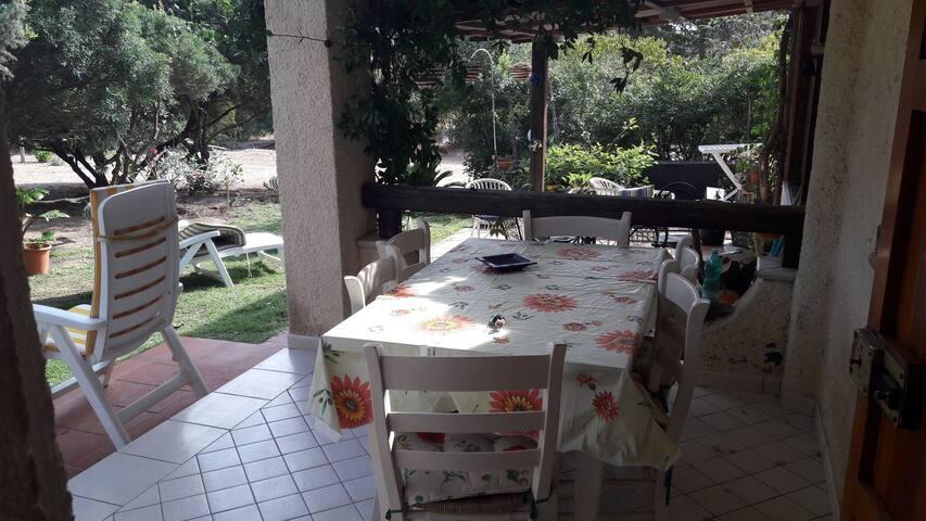 Casa vicino al mare, con giardino e barbecue!!