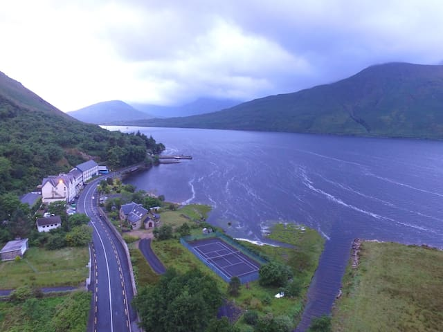 Lux 3 bed apartment; spectacular views - Leenaun