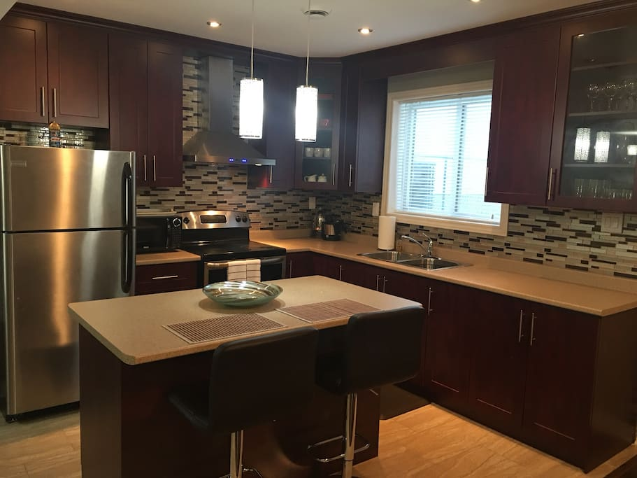 Eat in Kitchen with Island
