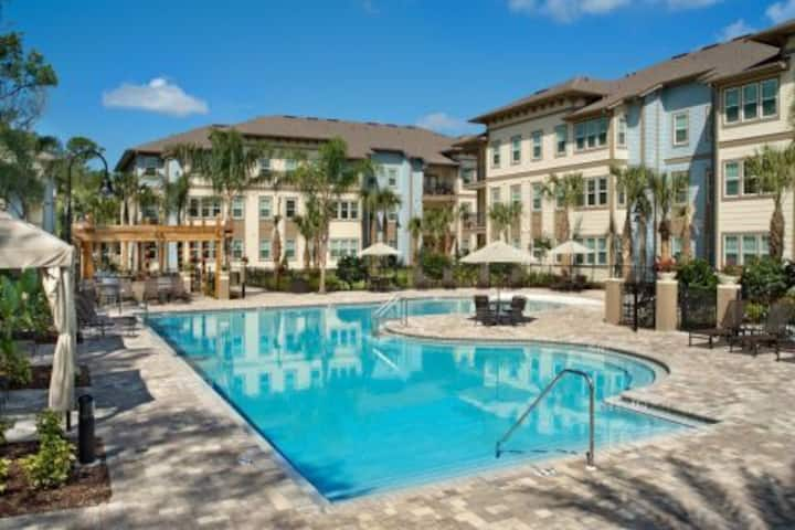Westchase Apartment! Perfect for Super Bowl Stay!