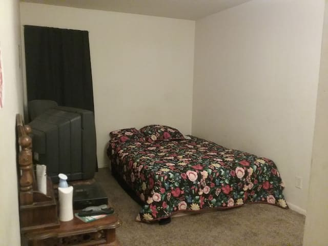 East. Windsor  with the room available