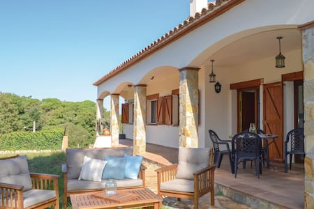 Holiday cottage with 3 bedrooms on 120m² in Maçanet de la Selva