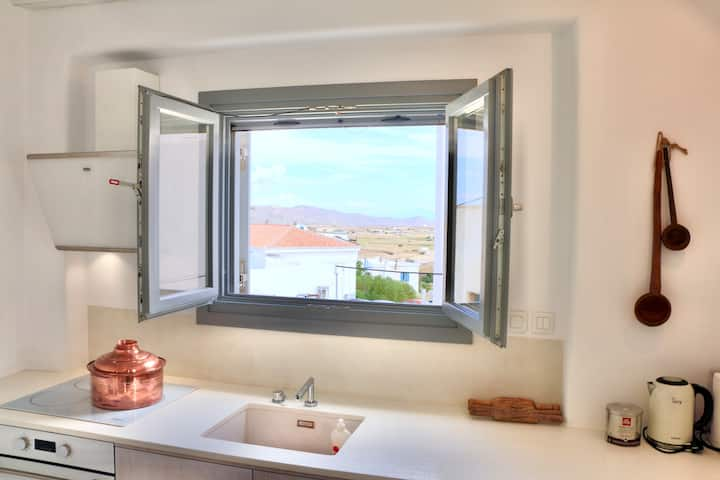 Kounelia Luxury Apartment upper floor