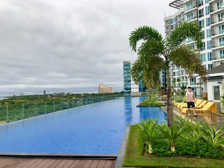 막탄뉴타운17층/2 double bed/Ocean view/WIFI/70m Pool/Gym