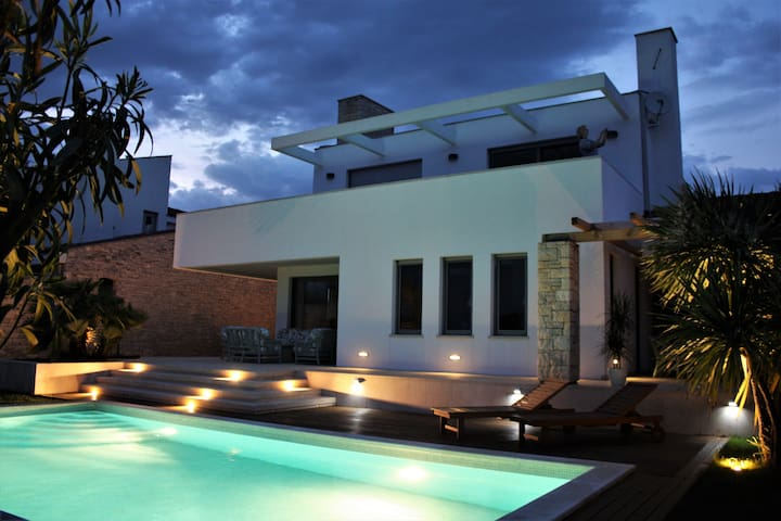 Modern villa Beatrice with  pool and sea view