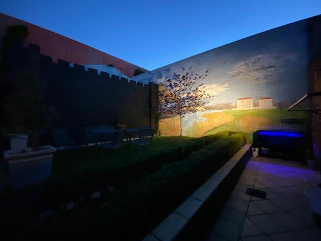 NEW Private Castle STUDIO Apartment BENDIGO - CBD