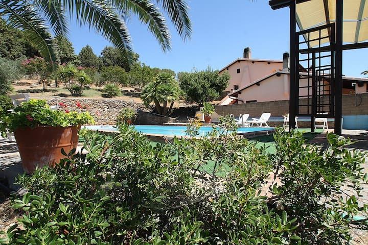 Appartamento mare campagna con piscina