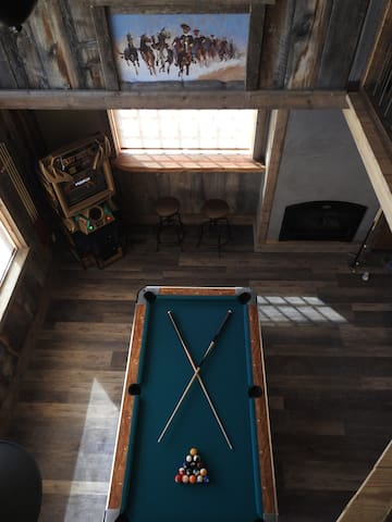 Pool Table Top View.