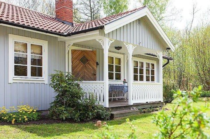 Nice summerhouse/Fint fritidshus nära Sandvik - Borgholm N - Cabin