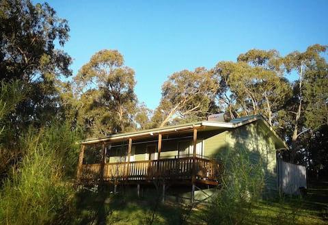 Conmurra Mountain View Cabin