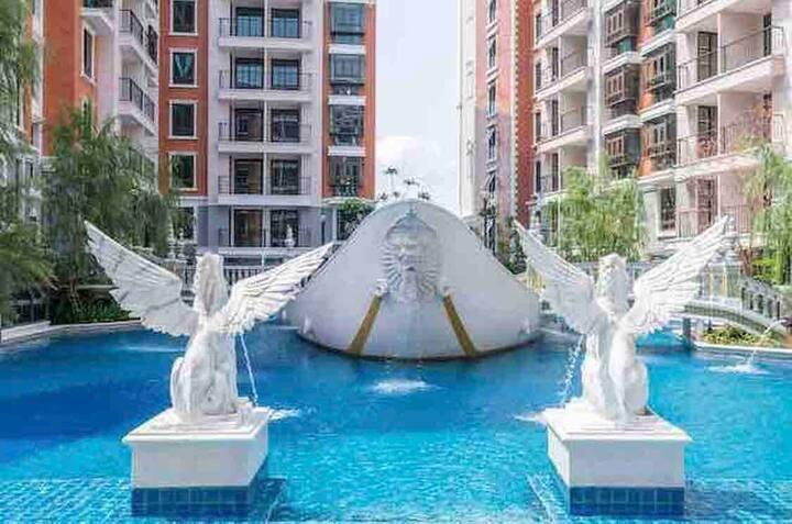 205Espana Super Poolview 1bedroom 新房距海滩500m泳池景