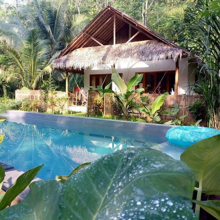 Eco-friendly tropical cosy twin bungalow