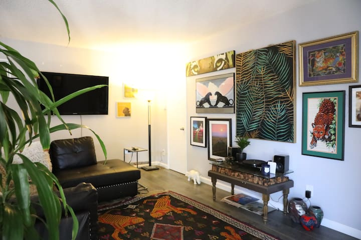 Hollywood Producer's Gated Artistic Jungle Getaway