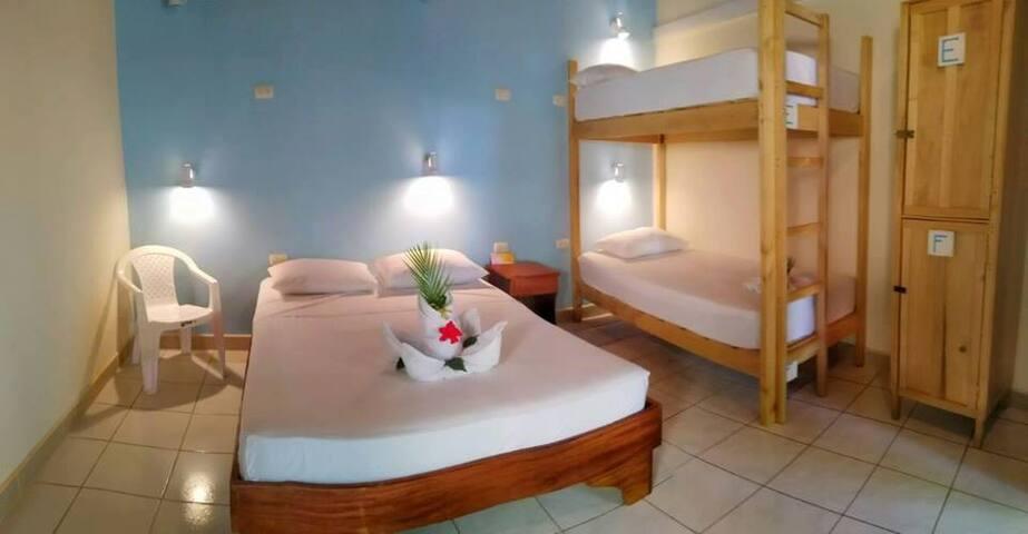 Hostel Sámara - Habitación Privada