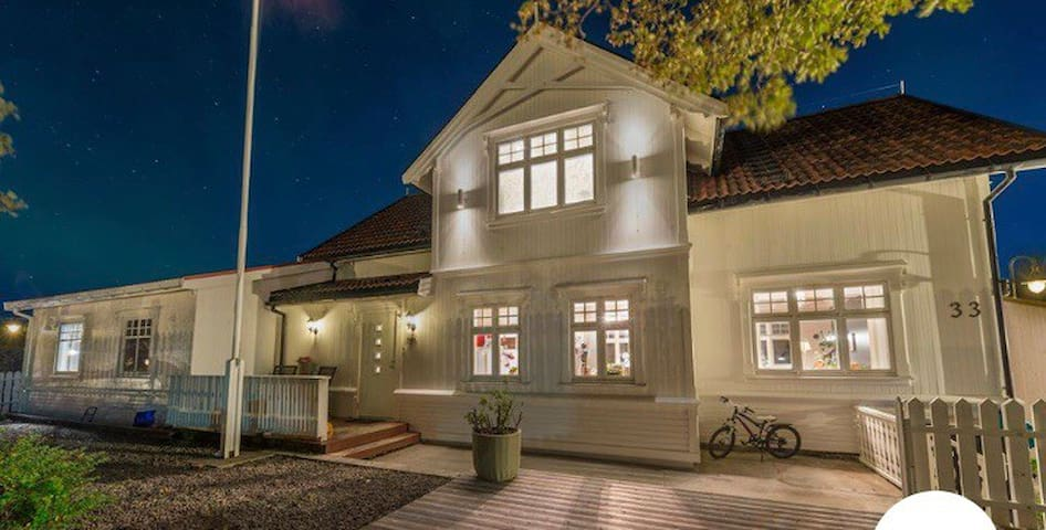 Villa til leie i Henningsvær