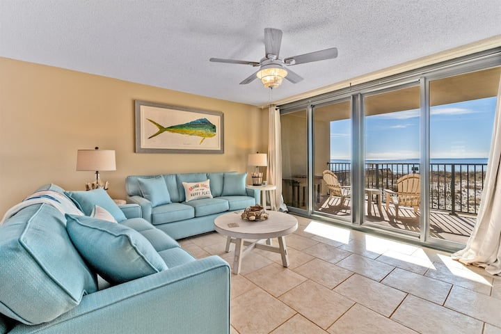 Wind Drift 105SE. Families Welcome! Beautiful Beachfront Condo