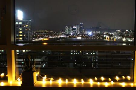 Near airport,hongdae(홍대),han river - 서울특별시 - Apartment
