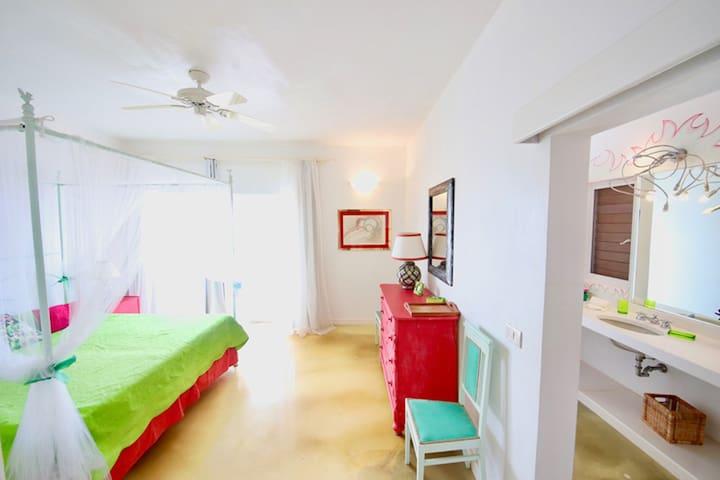 SAINT KITTS KingRoom-Dolcevita Resort by KlabHouse