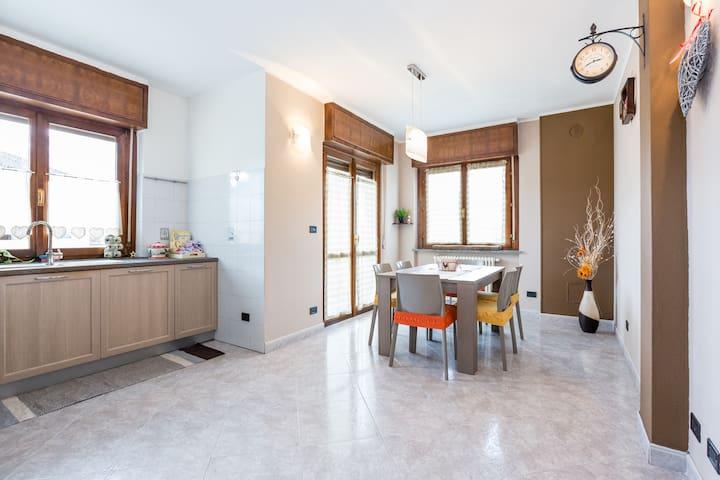 Accogliente appartamento su 2 piani - Charvensod