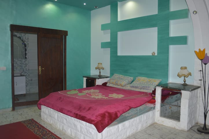 new apt for 7 persons in nasrcity cairo
