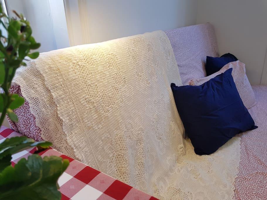Guestroom   grandmothers crochet quilt