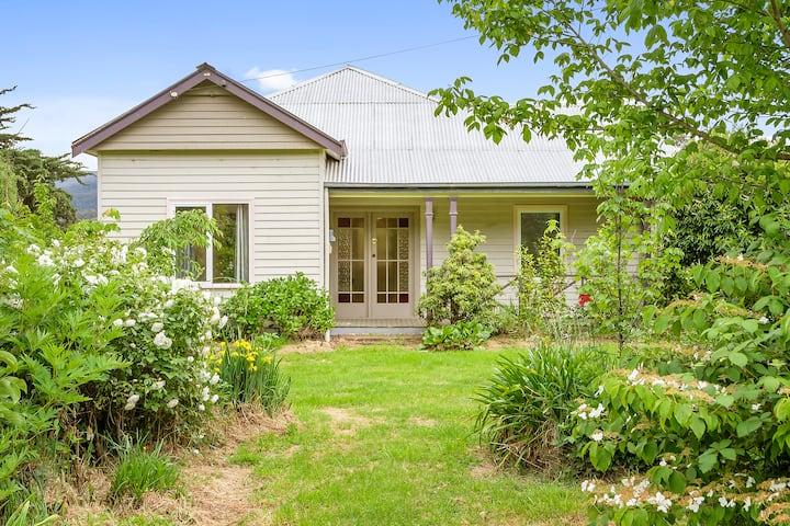 Apple Shed Cottage