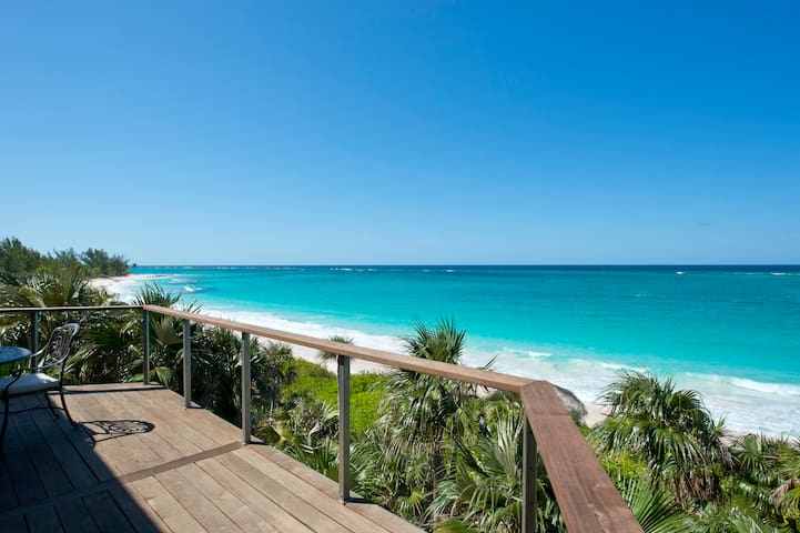 New  Beachfront House W/ Private Pool, Banks Rd