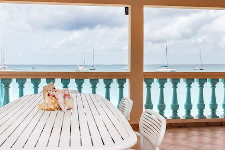 Beach Front Cottage Grand Case
