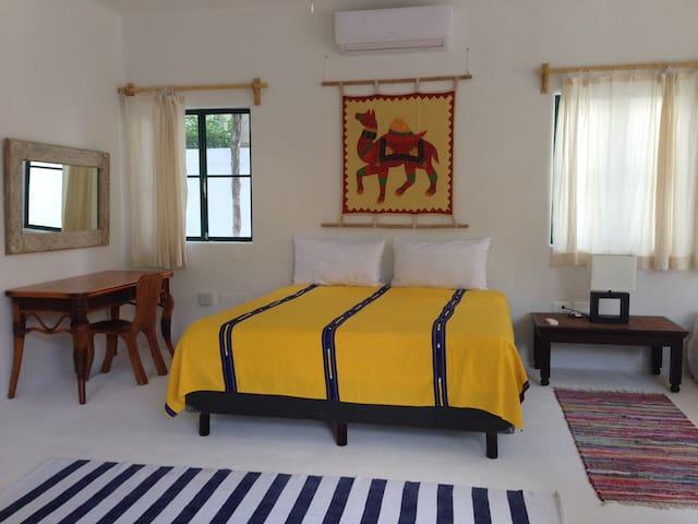 B&B Tambuuco - Room  Xereke 50 m to the beach