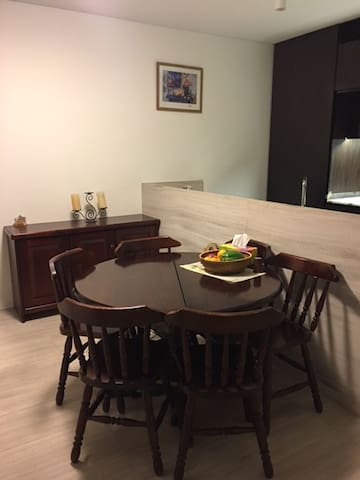 North Sydney King Single Room - With Essentials
