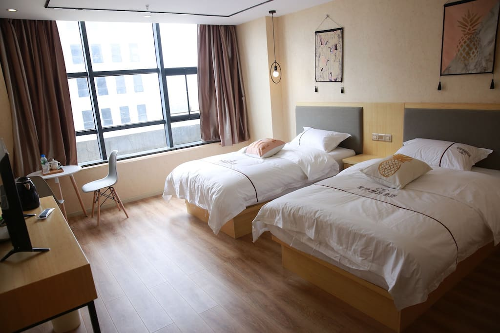 清新自然双床房
