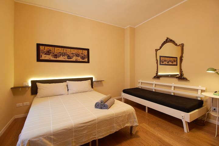 Beige room in Finalborgo